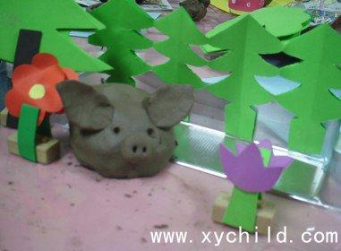 幼儿园泥工制作:可爱的小猪